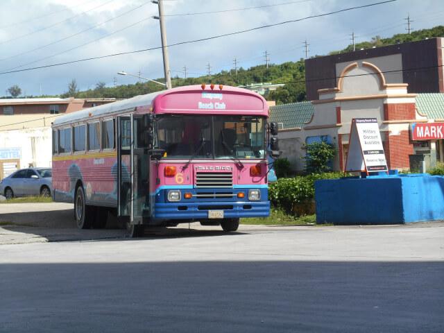 アルパンビーチクラブの送迎バス画像
