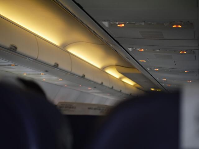 TW312便 機内画像