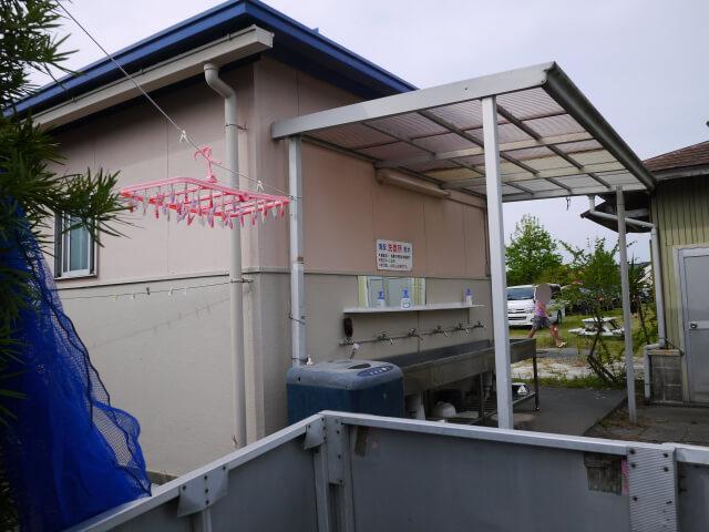 静波キャンプ場の洗面所画像