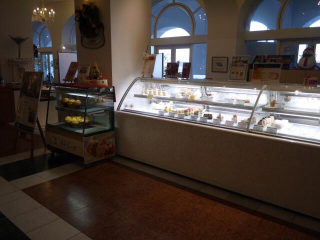 和歌山マリーナシティホテル カテリーナのケーキケース画像