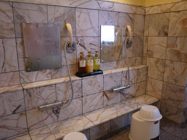 ホテルキャッスルイン津 貸切風呂ナポリ洗い場画像