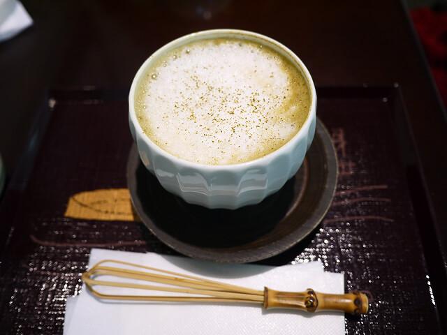 喫茶去 阪急三番街店 ほうじ茶ラテ画像