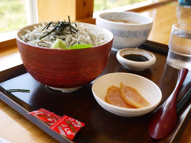 釜揚げしらす丼 麺セット画像