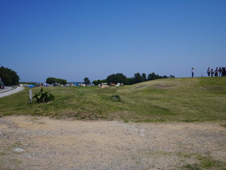 潮岬望楼の芝キャンプ場画像