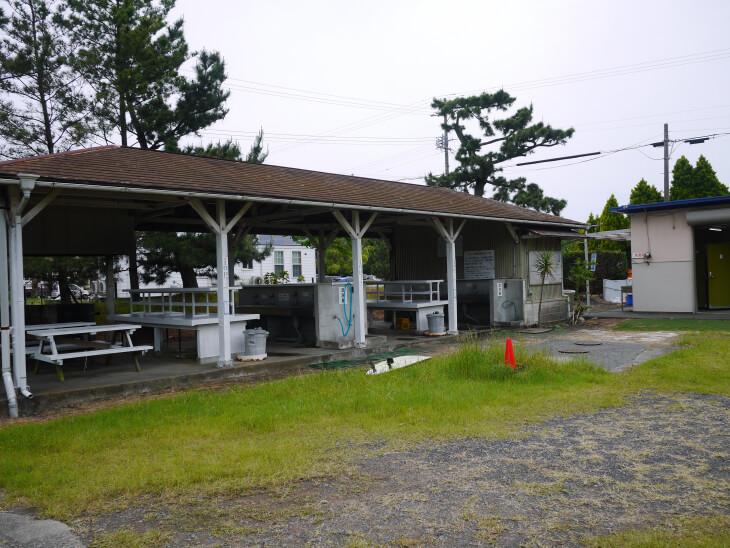 静波キャンプグランド炊事棟画像