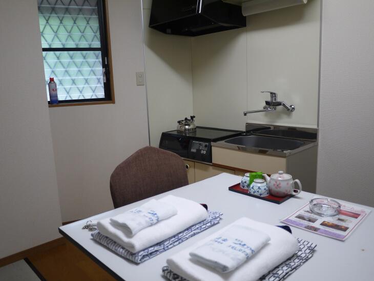 四季の郷 遊楽 コテージキッチン画像