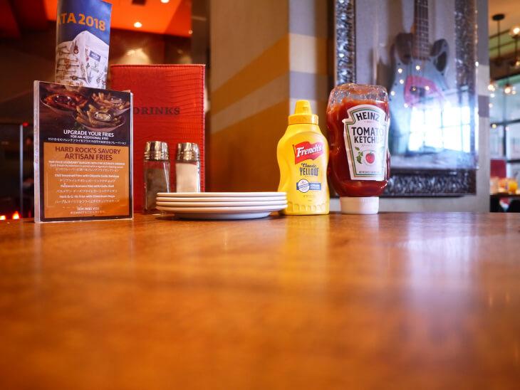 ハードロックカフェ ユニバーサル・シティウォーク大阪テーブル画像