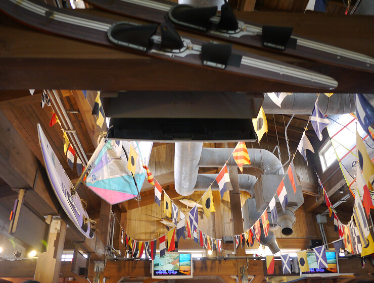 USJアトラクション・ジョーズ待合室の天井画像