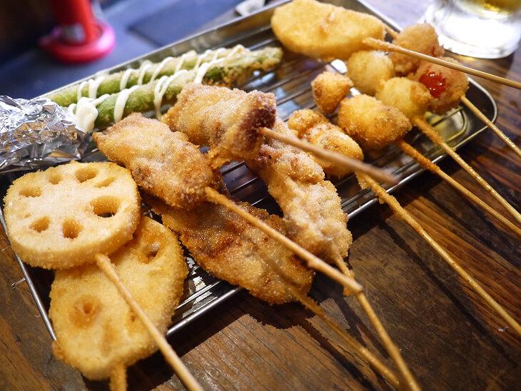 炭焼ホルモン七福の串カツ画像
