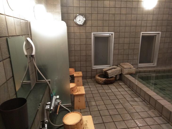 スーパーホテルJR新大阪東口 温泉の洗い場画像