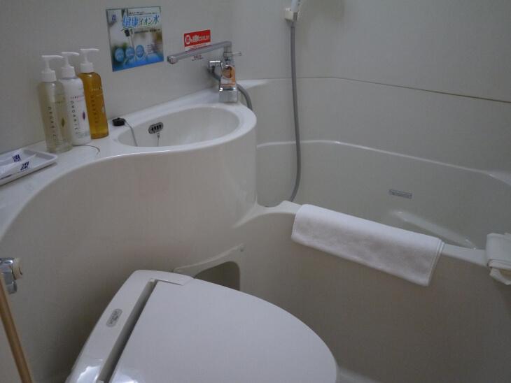 スーパーホテルJR新大阪東口 室内にあるトイレ・バスルーム画像