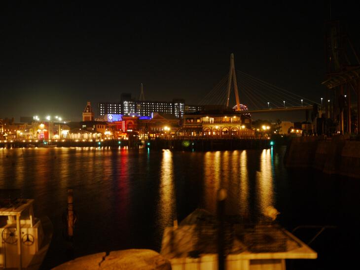 夜のUSJアミティヴィレッジから撮影した風景画像