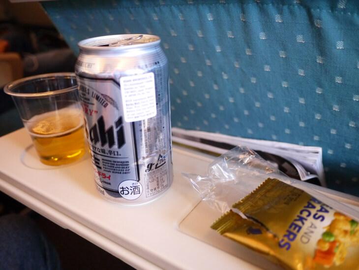機内サービスドリンク&おつまみ画像