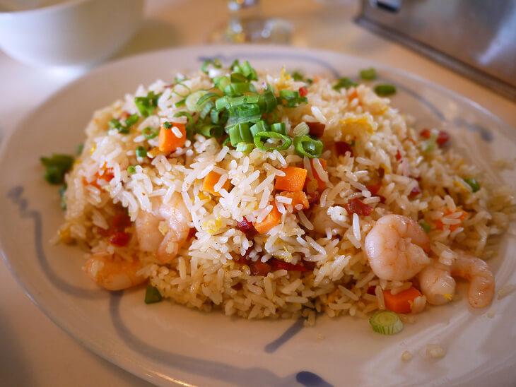 Dine On 3-8 ヌードルス焼飯画像