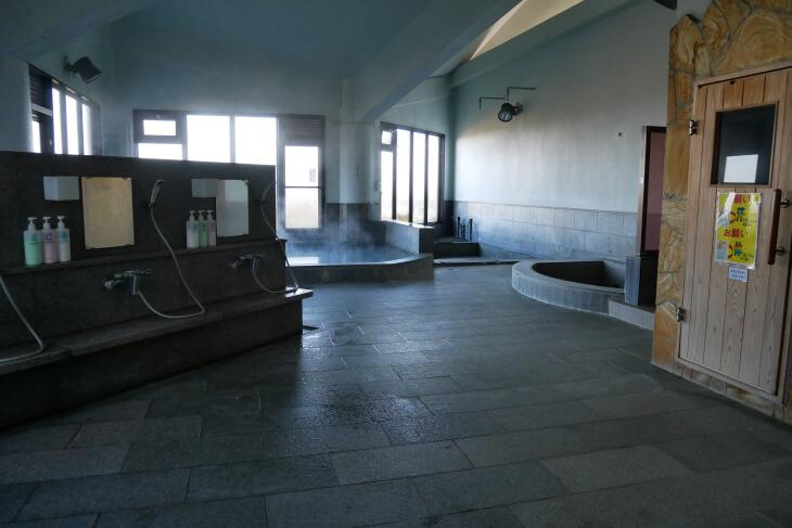 梅園の里 サウナ付き大浴場画像