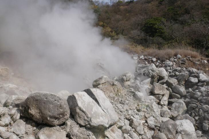 雲仙地獄噴気画像