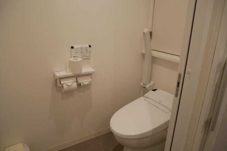 新宿CITY HOTEL N.U.T.S東京 室内トイレルーム画像