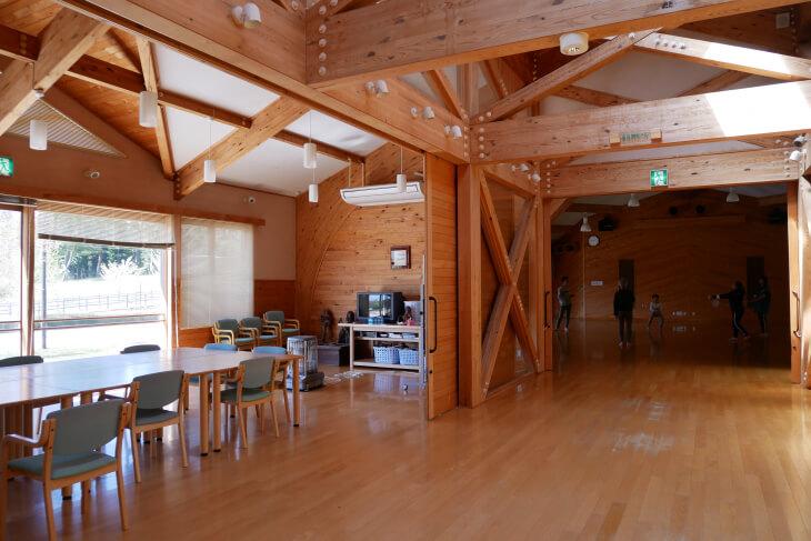 石川県健康の森総合交流センター食堂画像
