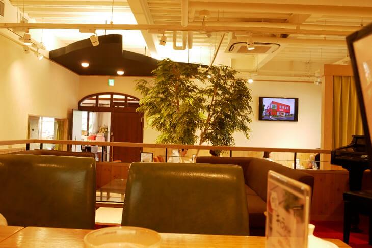 シャノワール花園店カフェコーナー画像
