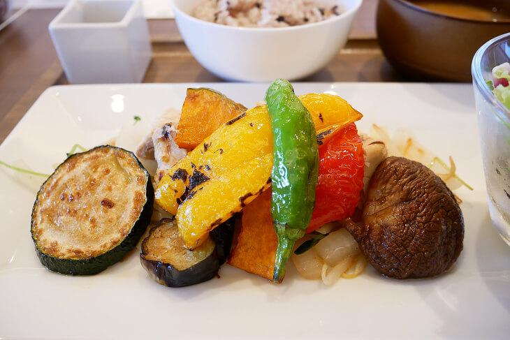 カフェ&レストラン ウエストリバーのヘルシーランチグリル野菜画像